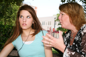 Kamasz gyerekek (pénzügyi) nevelése - hogy ne cseréljen le a gyermeked a barátaira!