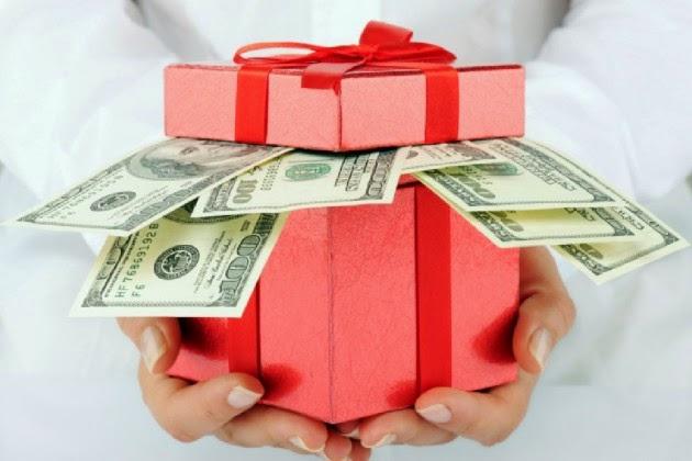 Karácsonyi pénzügyi nevelés - mi az, amit a szülők totál félreértenek?
